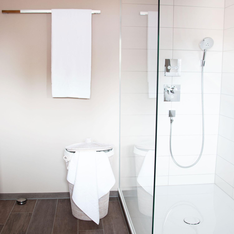 Duschtücher (3er-Set), 100% Baumwolle, 70x140 cm, weiß