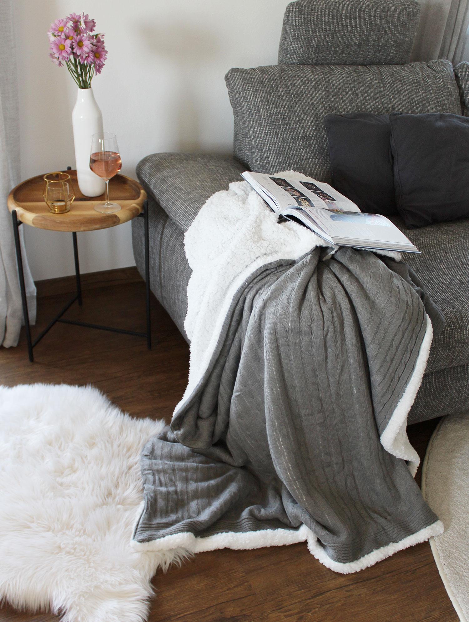 Strickdecke (Lammfelloptik), 150x200 cm, grau