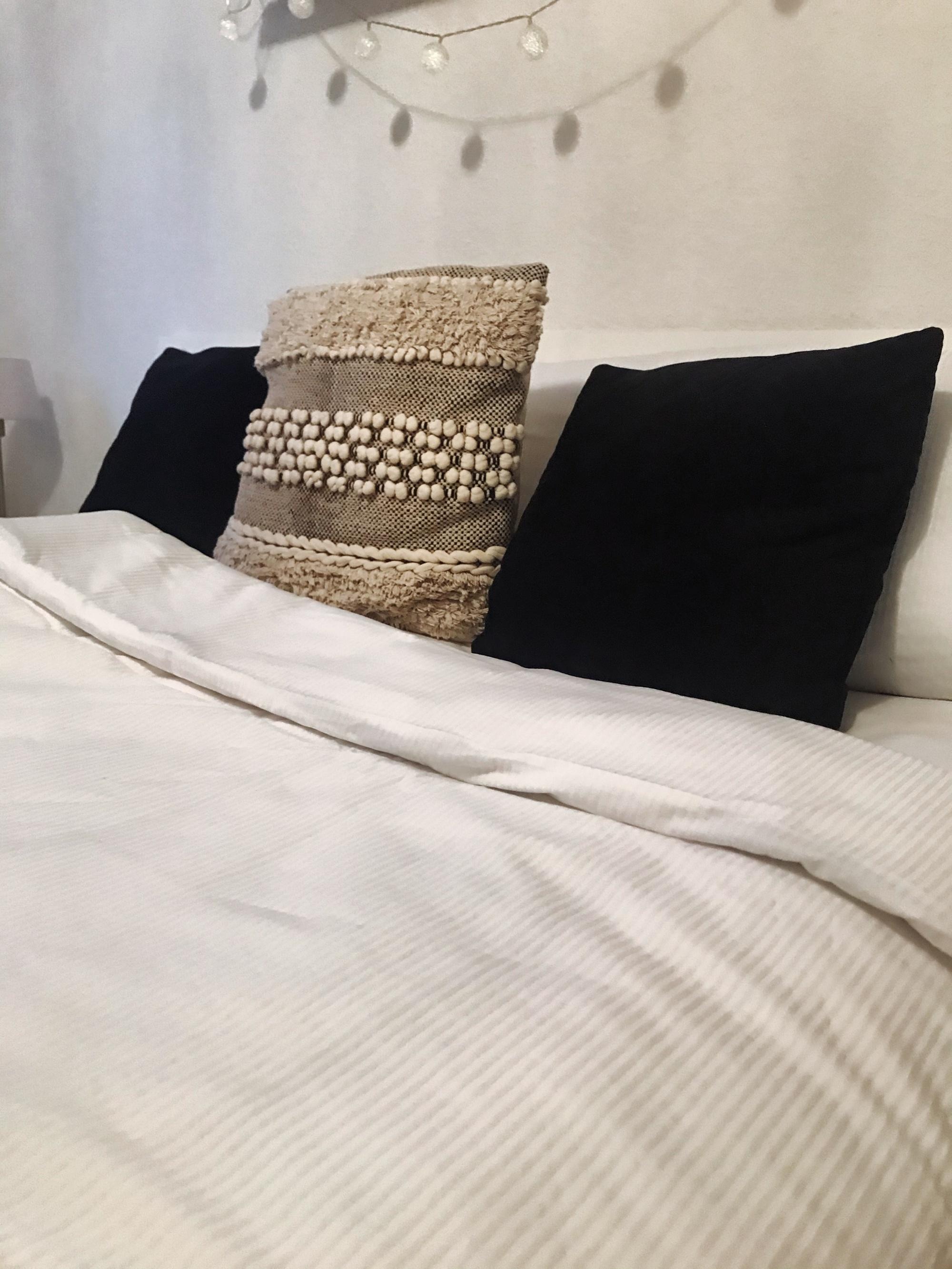 Bettwäsche (2-tlg.) 100% Baumwolle, weiß, versch. Design