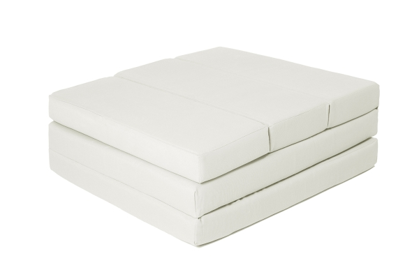 Praktische 5-fach faltbare Klappmatratze aus 100% Polyurethan, Größe ca. 65x220 cm, verfügbar in fünf verschiedenen Farben