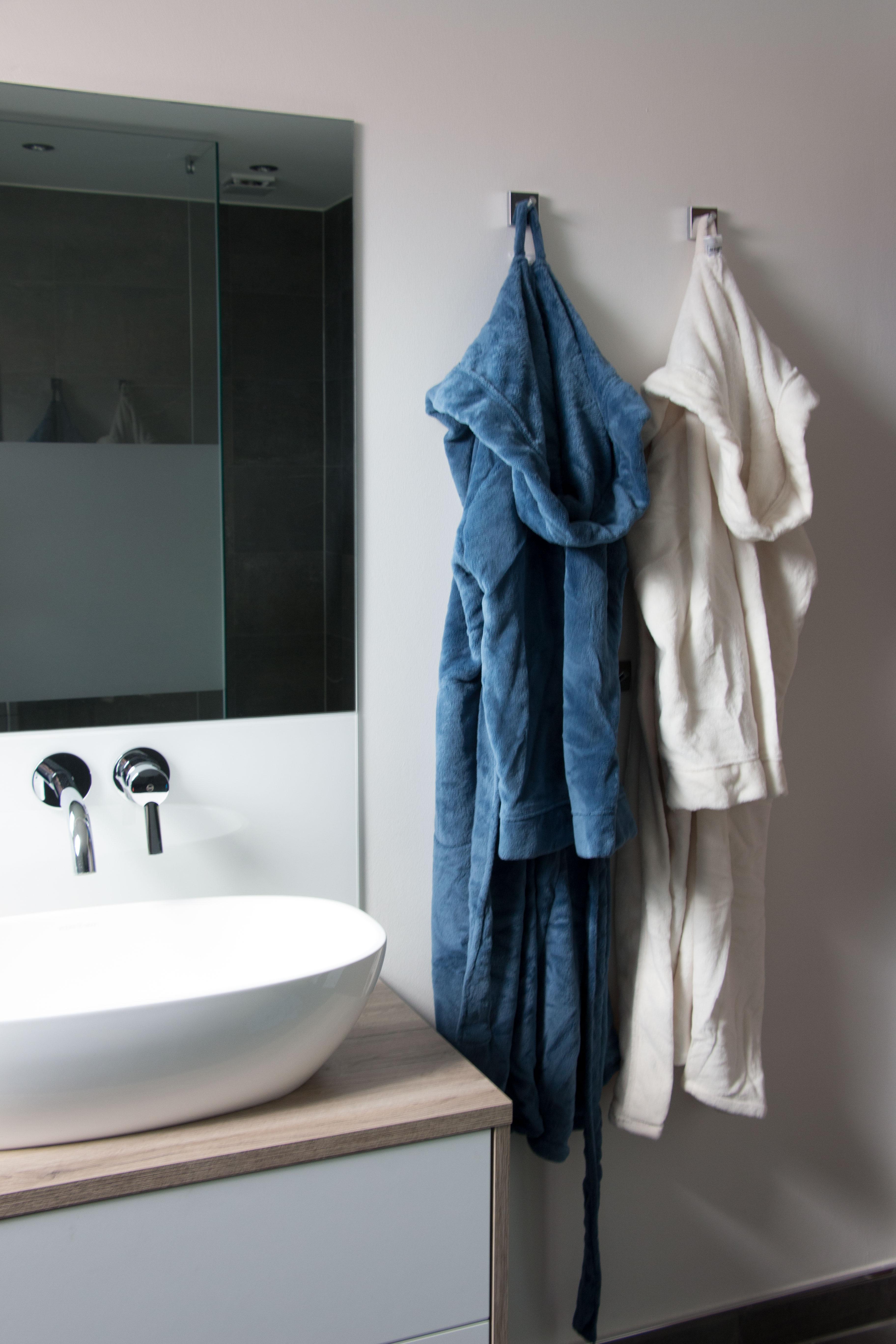 Bademantel, versch. Farben, 100% Polyester