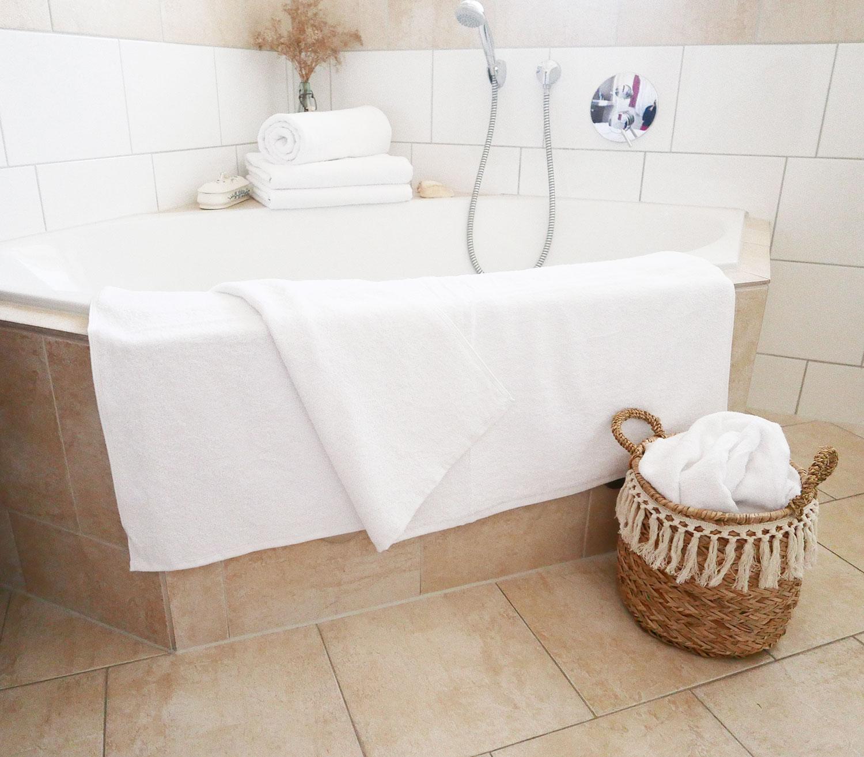 Badetücher (5er-Set), 100% Baumwolle, 100x150 cm, weiß